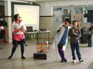 Trapizonga Furta-Cor na Escola da Barra - Florinaópolis