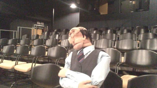 Ivan aguardando o público chegar